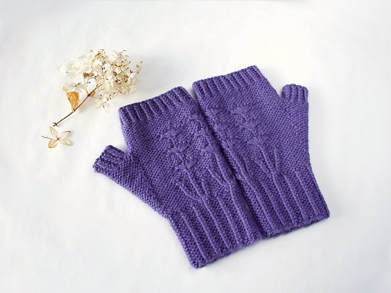 Justina fingerless mitts